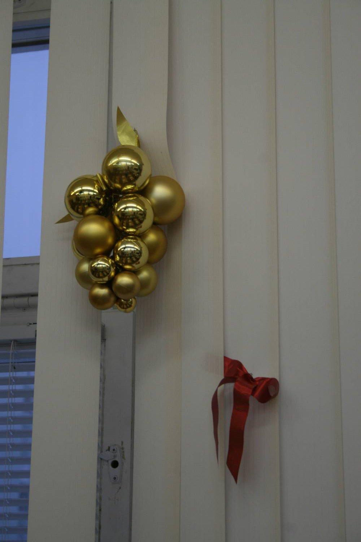 Украшения из шаров свадебного зала своими руками 21